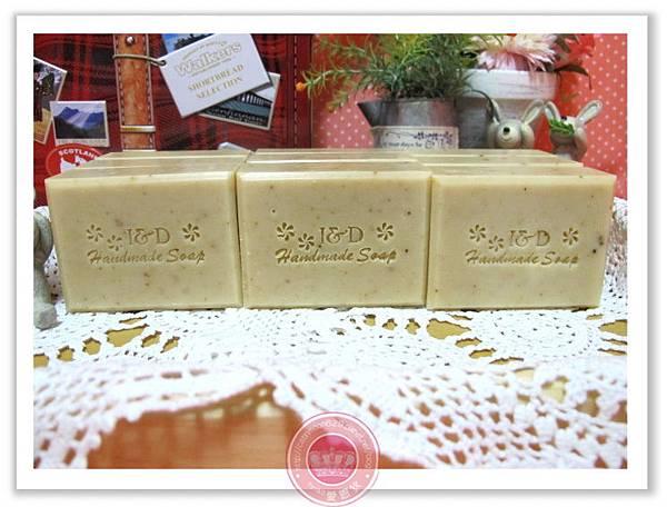 高雄東東媽咪-綠豆薏仁淨白皂