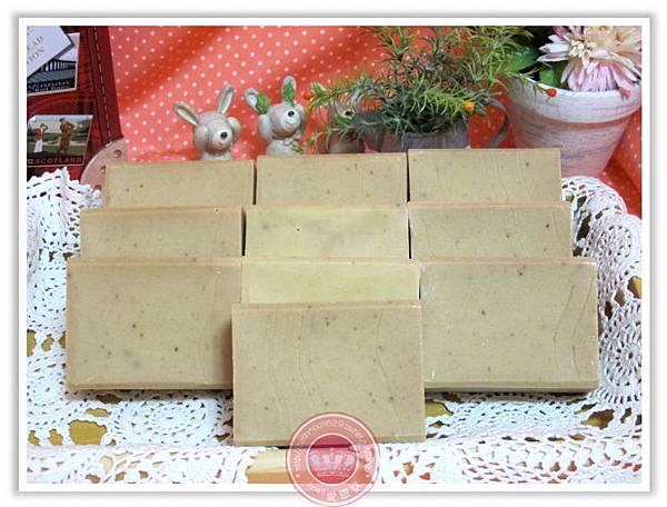 台中婕泠媽咪2次代製-橄欖皂(玫瑰果粉)