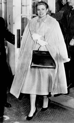 Grace-Kelly-handbag.jpg