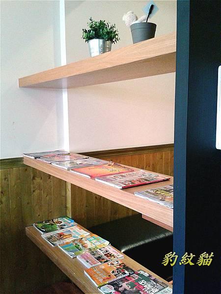2樓書櫃_meitu_4