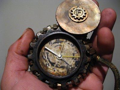 Steampunk+Time+Piece+015.jpg