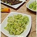烤牛肉佐芥末漬高麗菜(29)