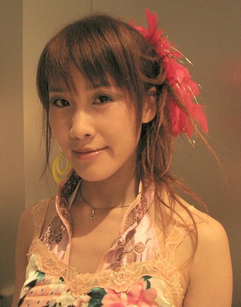 20071222_ 表演前的打扮定裝