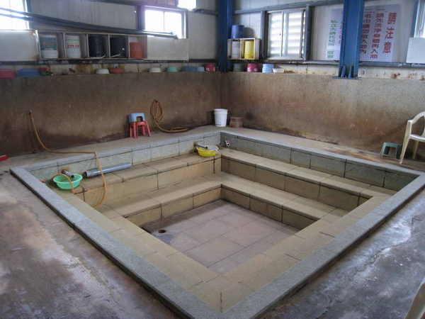 豐漁村溫泉公共浴池(內部)