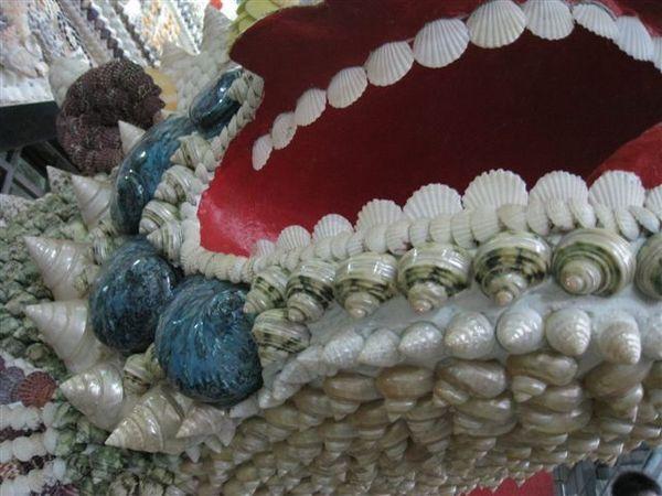 20080413_ 每個擺飾都有貝殼