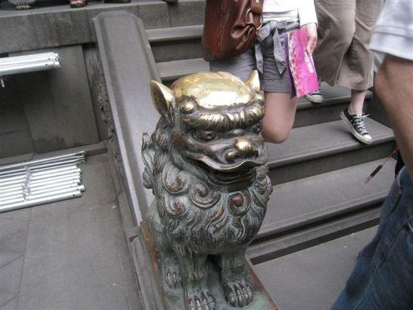 IMG_1343 獅頭被摸光了