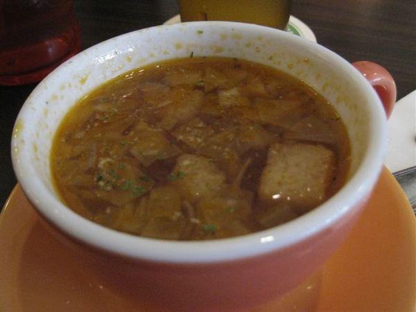 蕃茄湯(另外的是南瓜湯)