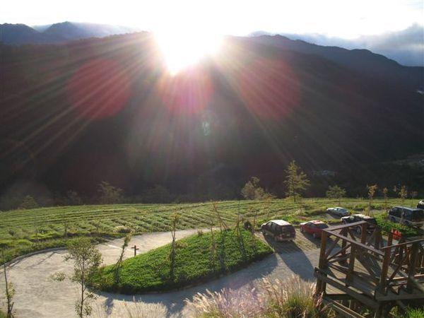 20071124_ 登山口的日出