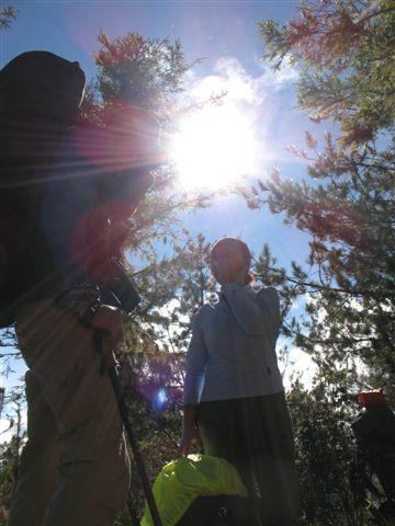 20071124_ 時近中午, 日頭很大