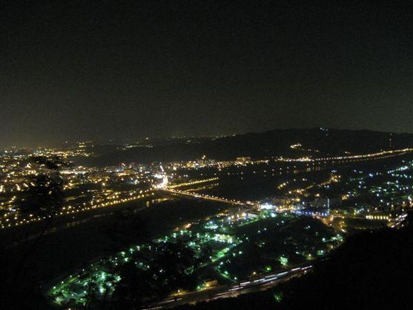 IMG_1579三峽鳶山夜景(右)
