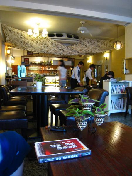 IMG_0624_公寓咖啡館.jpg