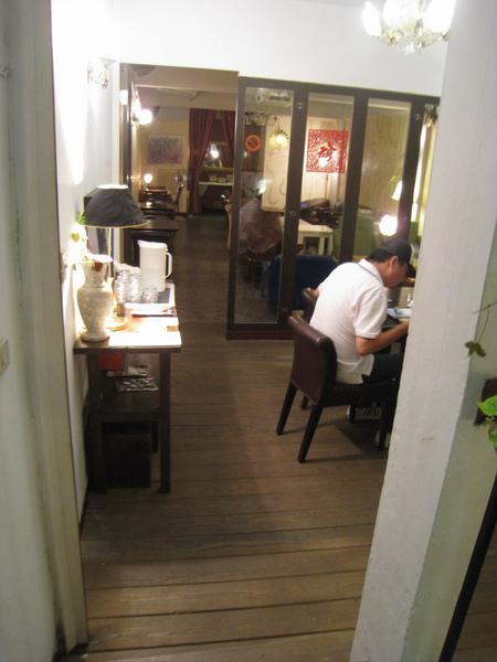 IMG_0739_公寓咖啡館-地下室.JPG