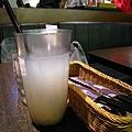 IMG_9192 小檳城南洋茶餐廳-料多的薏米水 附餐飲料30_resize.JPG