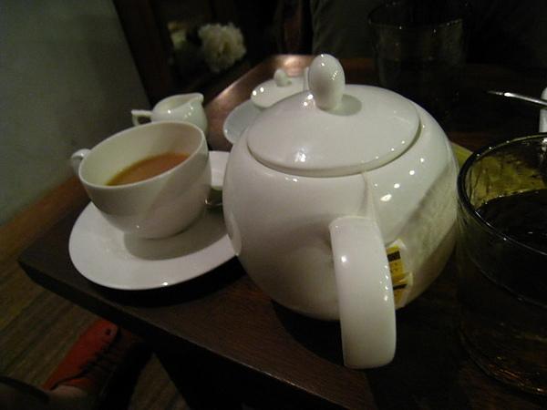 IMG_1344 朵兒咖啡館-熱茶_resize.JPG