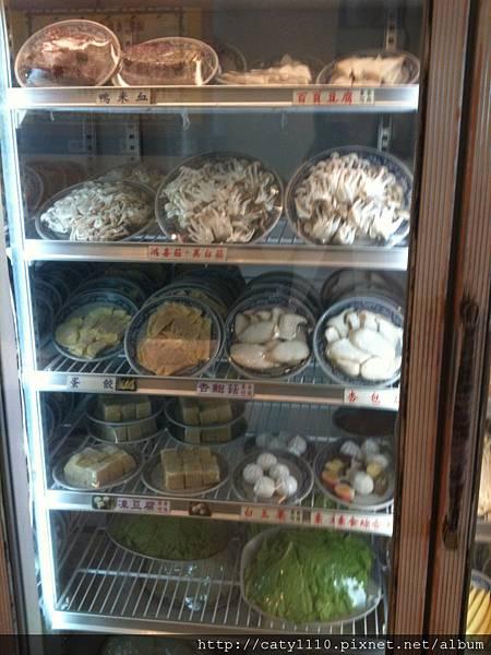 酸菜白肉鍋-冰箱1.JPG