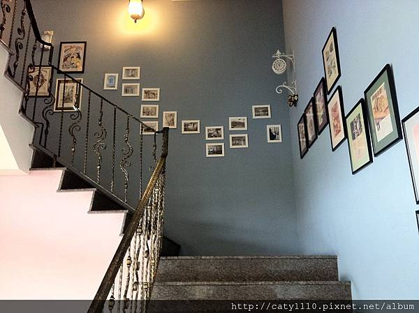 瑪莉洋房-樓梯 (3).JPG