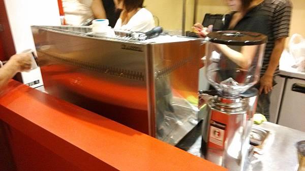 BFC Calssica  雙孔咖啡機裝機