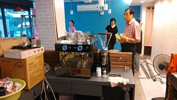 8B Giulia  雙孔咖啡機裝機