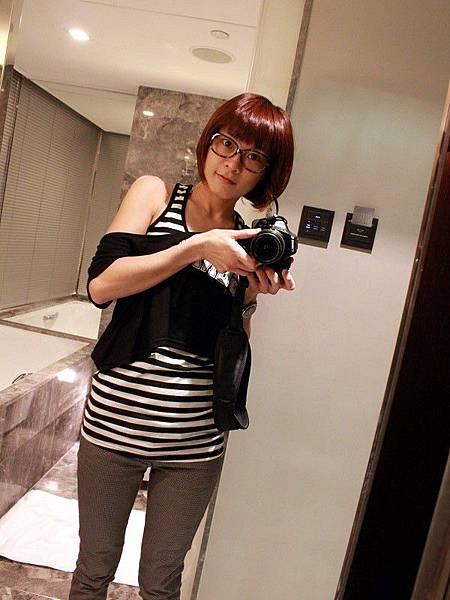 PhotoCap_101120 Hong Kong 005.jpg