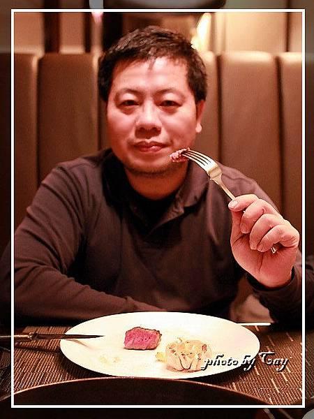 PhotoCap_111224 A-cut聖誕大餐 024.jpg