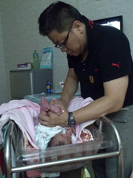 120601 小龍貓誕生 035