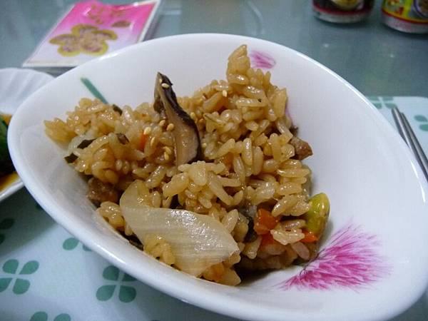沖繩風味豬肉炊飯