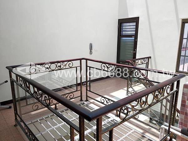 正邦鍛造天井樓梯實績_3.jpg