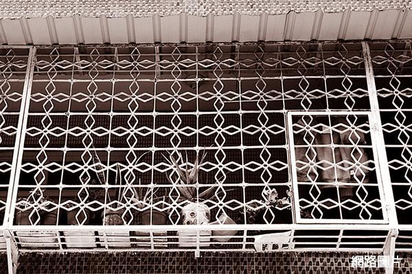 cb6688兒時回憶老鐵窗45幾何菱形2.jpg