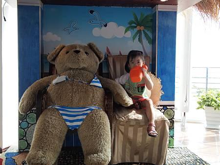 夏都迎賓~超大泰迪熊