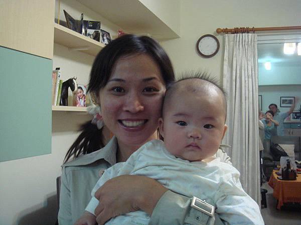 菲阿姨與小葳