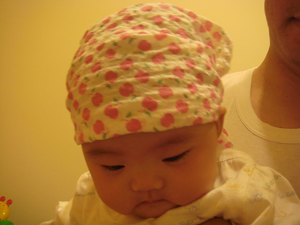 戴頭巾也很可愛