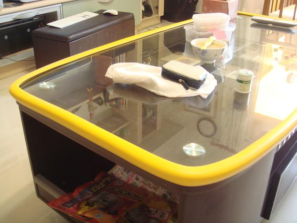 桌邊安全護條