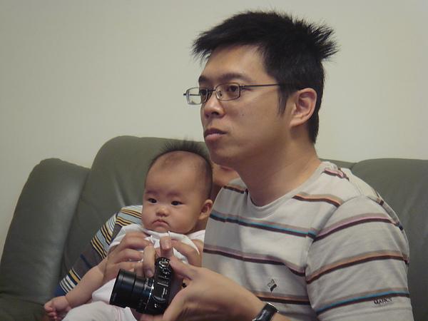 幼青叔叔頭髮好亂