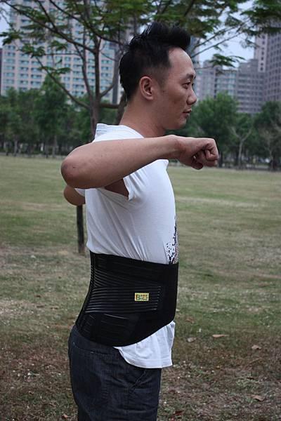 10吋腰帶 側面
