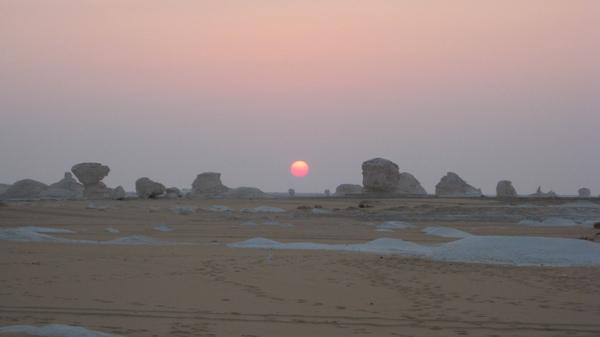 沙漠日出 2.JPG