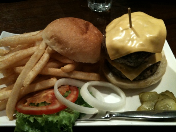 En Burger - double cheese burger -1.jpg