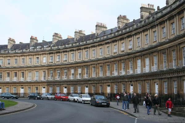 Bath-the%20circus%202.jpg