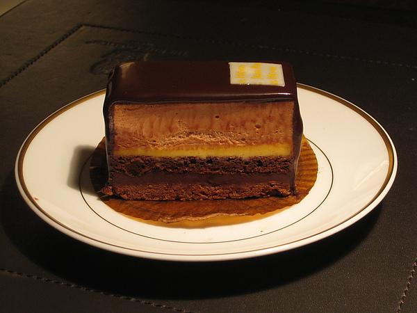 Jean-Paul Hevin 巧克力蛋糕.JPG
