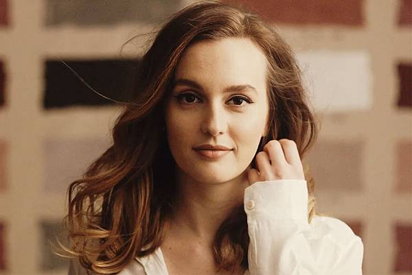 LeightonMeester-1200-800