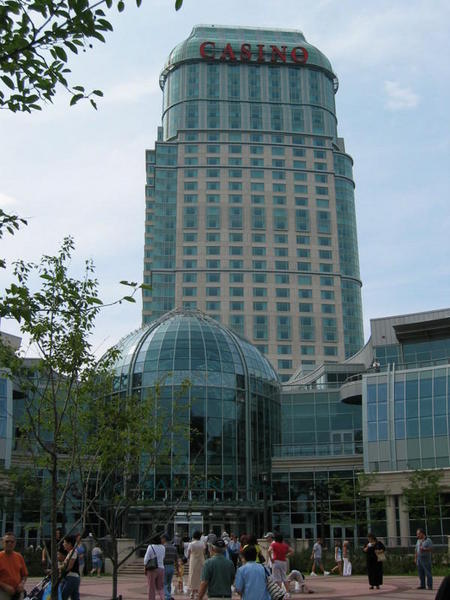 07,17,2004 - Fallsview Casino