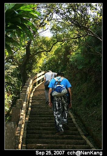 好多樓梯...囧
