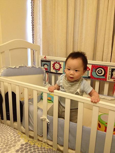"""▌9個月的第4週▐ 來了!來了!  """"兒童遊戲房"""" + """"媽媽的書房"""""""