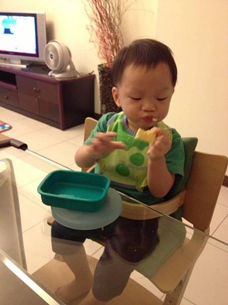 ▌1Y2M▐ 鋒哥吃飯的ㄍㄟ西 – 餐具篇