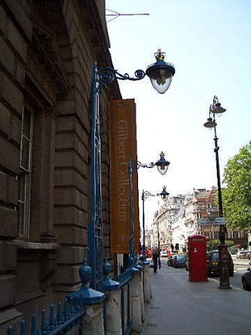 第一個開拍的街燈,一整排