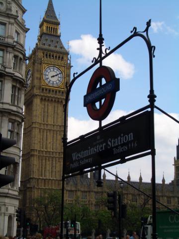 車站一出來就是Big Ben