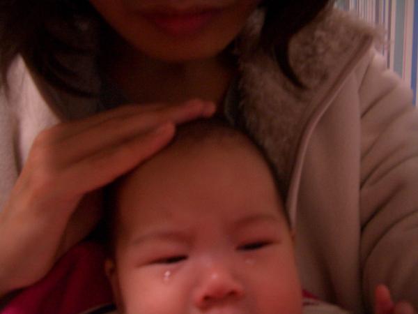 第一次哭出眼淚,壞媽咪竟在照相