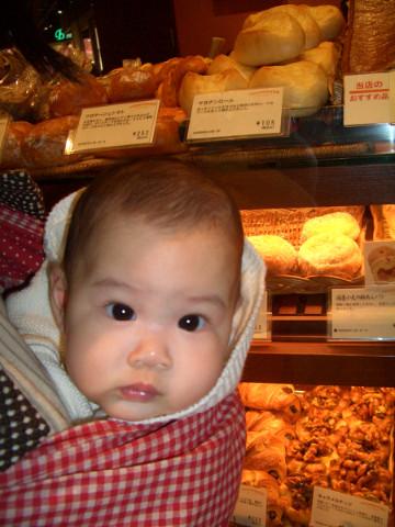 小唯妹與麵包