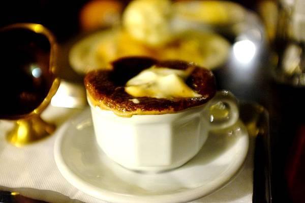 Le Park Cafe' 公園咖啡 - 脆皮焦糖卡布奇諾