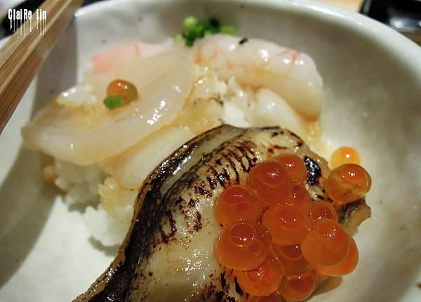昇壽司-甜蝦星鰻比目魚干貝鮭魚卵丼飯