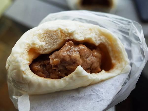 小杜包子蛋黃香菇肉包